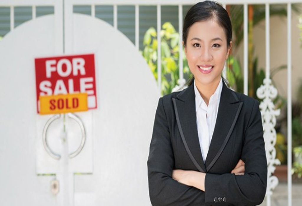 Real Estate Broker Agent