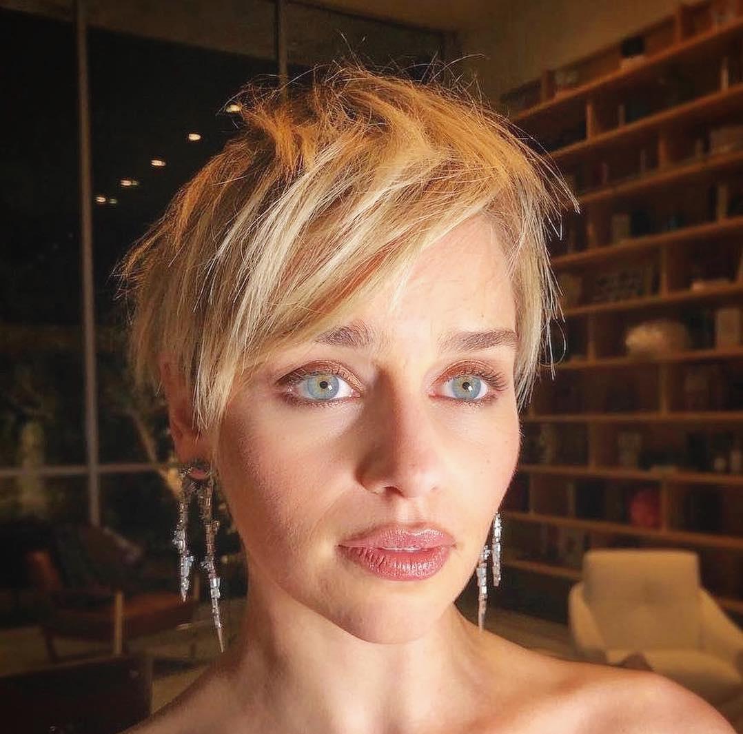 Emilia-Clarke-Wallpapers-Insta-Fit-Bio-8