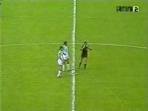 1982-06-24-WC-Algeria-vs-Chile-mkv-snapshot-00-00-01-2020-05-12-20-23-54