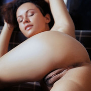 pammie-lee-shows-off-her-perfect-big-melons-and-hairy-yummy-vag-12