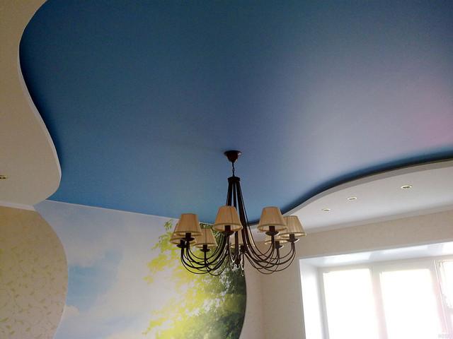 матовый и сатиновый натяжной потолок