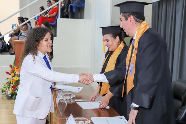 Graduacio-n-Medicina-70