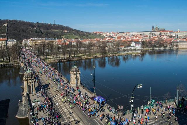 puente-Svatopluk-medio-maraton-praga-travelmarathon-es