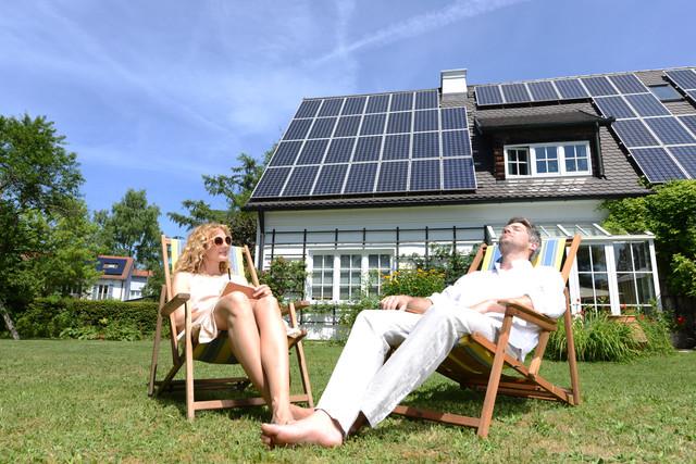 BIDLI-fotovoltaika-ilustracni-fotografie