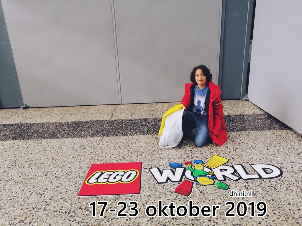 2019-LEGOWorld10a