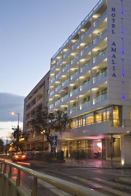 fachada-amalia-hotel-travelmarathon-es