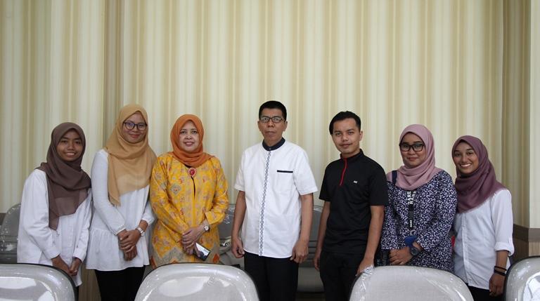 Lima Mahasiswa Universiti Malaysia Sabah Menyelesaikan Program Credit Earning di Manajemen FEUA