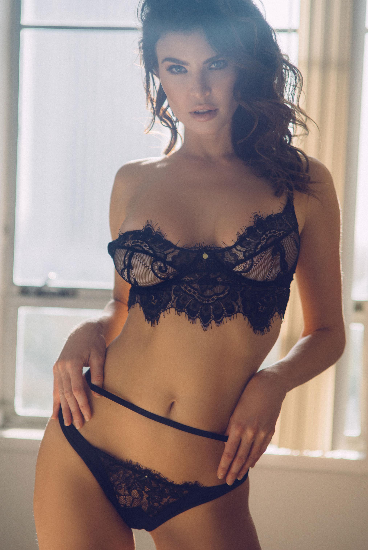 Юлия Лескова в люксовом французском нижнем белье / фото 10