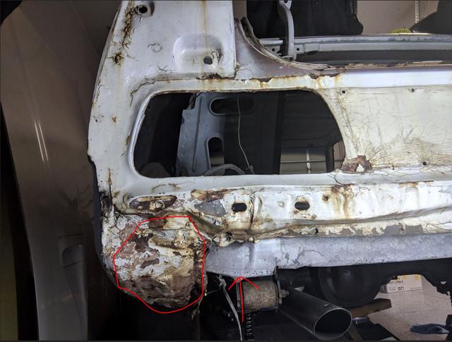 Drivers-Qtr-Damage