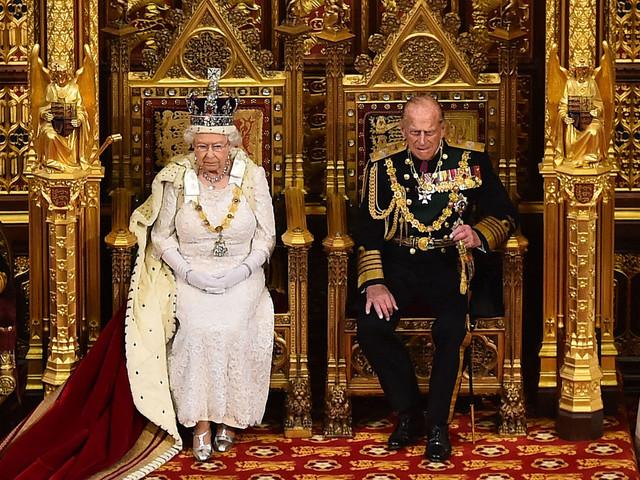 queen-elizabeth-ii-2.jpg