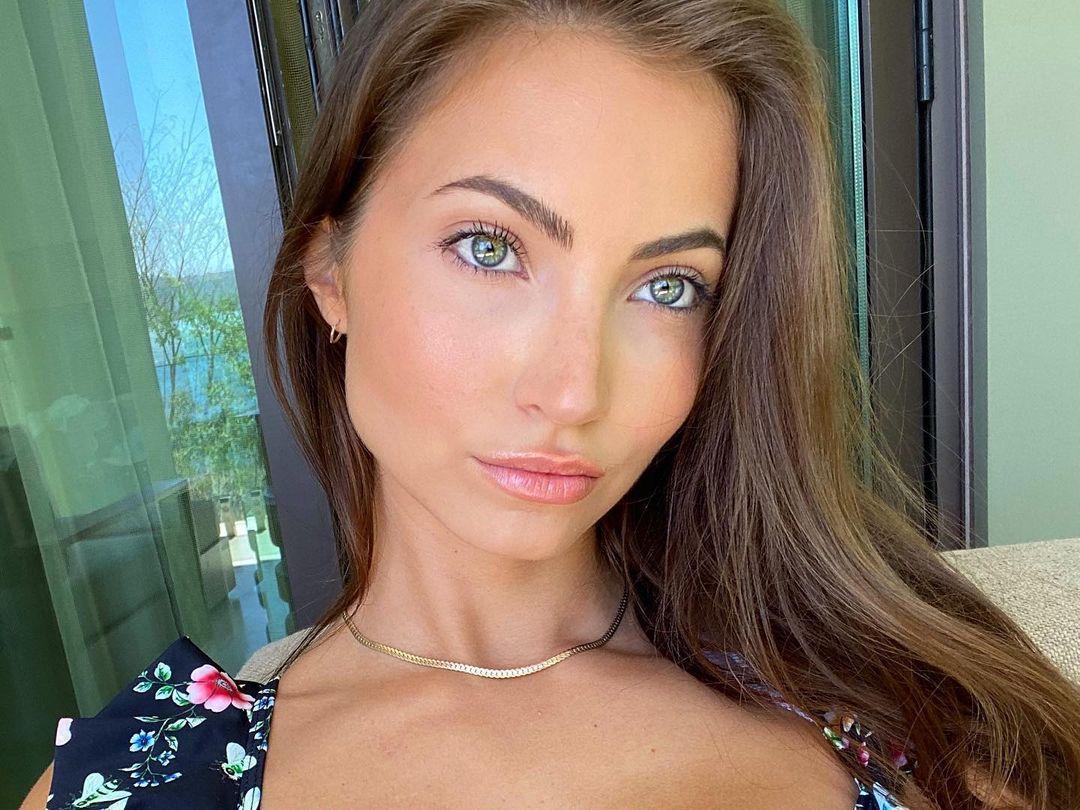 Anna-Louise-5