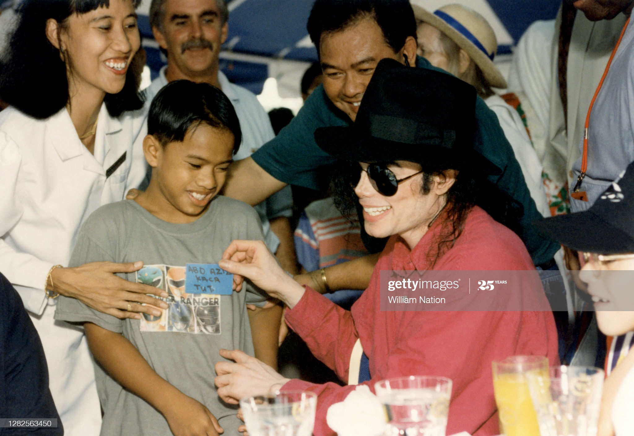 BANDAR-SERI-BEGAWAN-BRUNEI-JULY-1996-American-singer-songwriter-and-dancer-Michael-Jackson-1958-2009.jpg