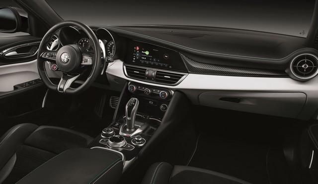 Nouvelle récompense pour l'Alfa Romeo Stelvio Quadrifoglio Giulia-Stelvio-Quadrifoglio-MY20-22