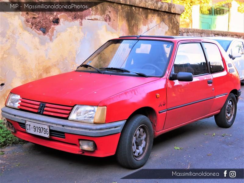 avvistamenti auto storiche Peugeot-205-XS-1-4-83cv-90-CT919796-2