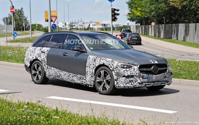 2021 - [Mercedes-Benz] Classe C [W206] - Page 18 58-DFCBA8-77-E8-41-AC-9-D1-A-BD46237-DC2-B6