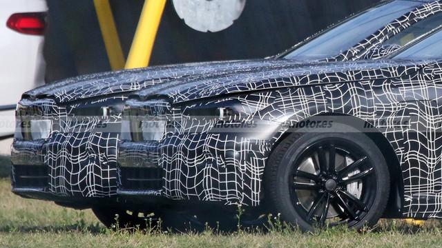 2023 - [BMW] Série 5 / M5 [G60 / G61] 95-EE02-E4-7629-4-DA5-8-EA2-7-B0-C10385044