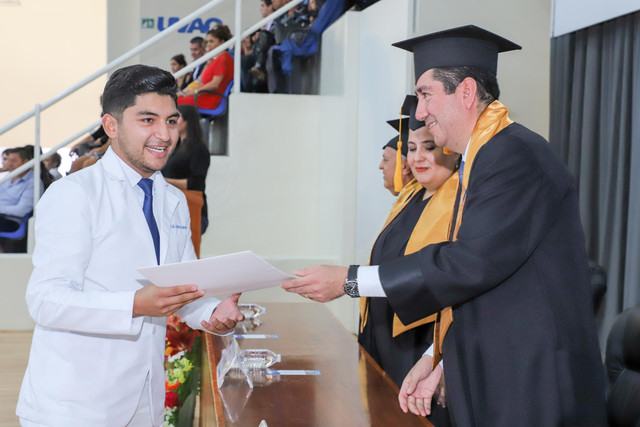 Graduacio-n-Medicina-58