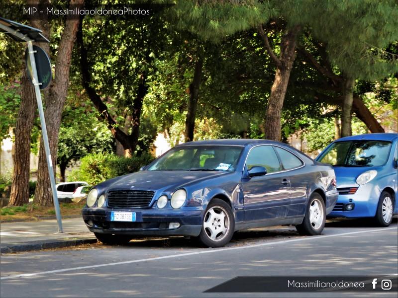 Auto Abbandonate - Pagina 12 Mercedes-C208