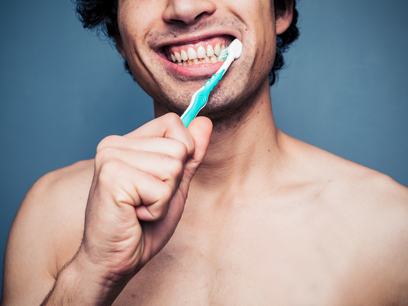 Choosing a toothbrush - electric or ordinary?
