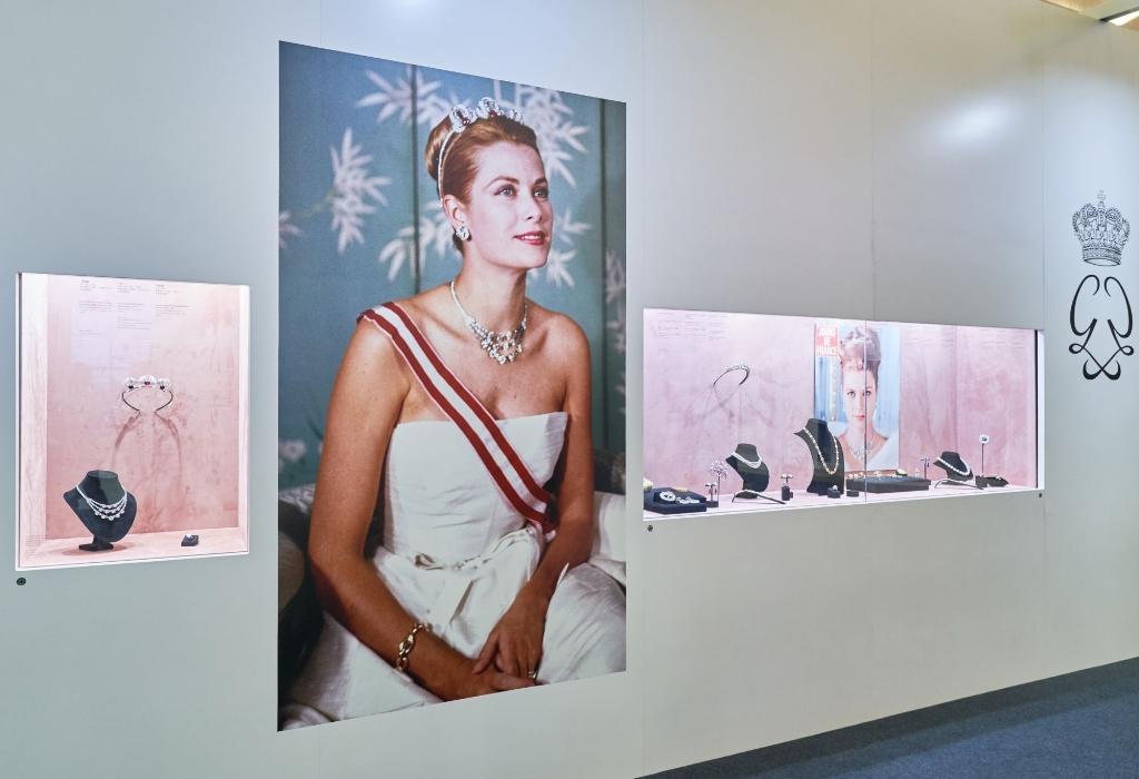 Gallery Art &  Entertainment TAC