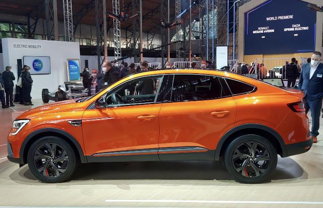 2019 - [Renault] Arkana [LJL] - Page 30 E31-B611-A-B17-A-4-A22-AA1-B-86-A928969263