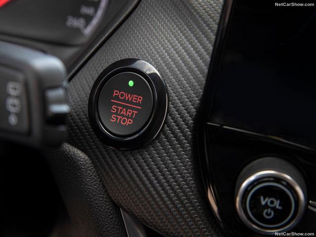 2017 - [Ford] Fiesta MkVII  - Page 16 3-FC81-B40-3-C92-488-C-BE8-A-8-FF3667-B0804