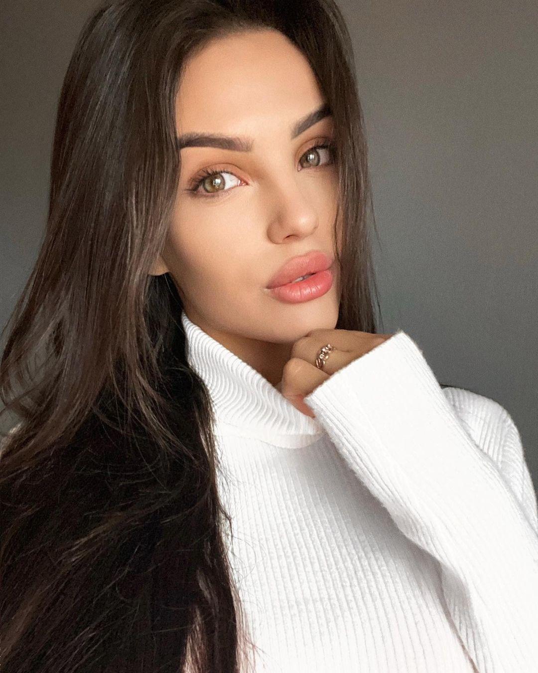 Anastasia-Tailakova-4
