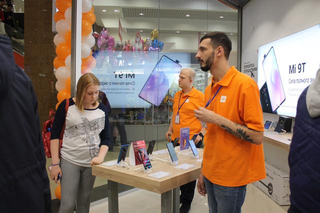 Открытие фирменного магазина Xaomi в Рязани в ТРЦ Премьер