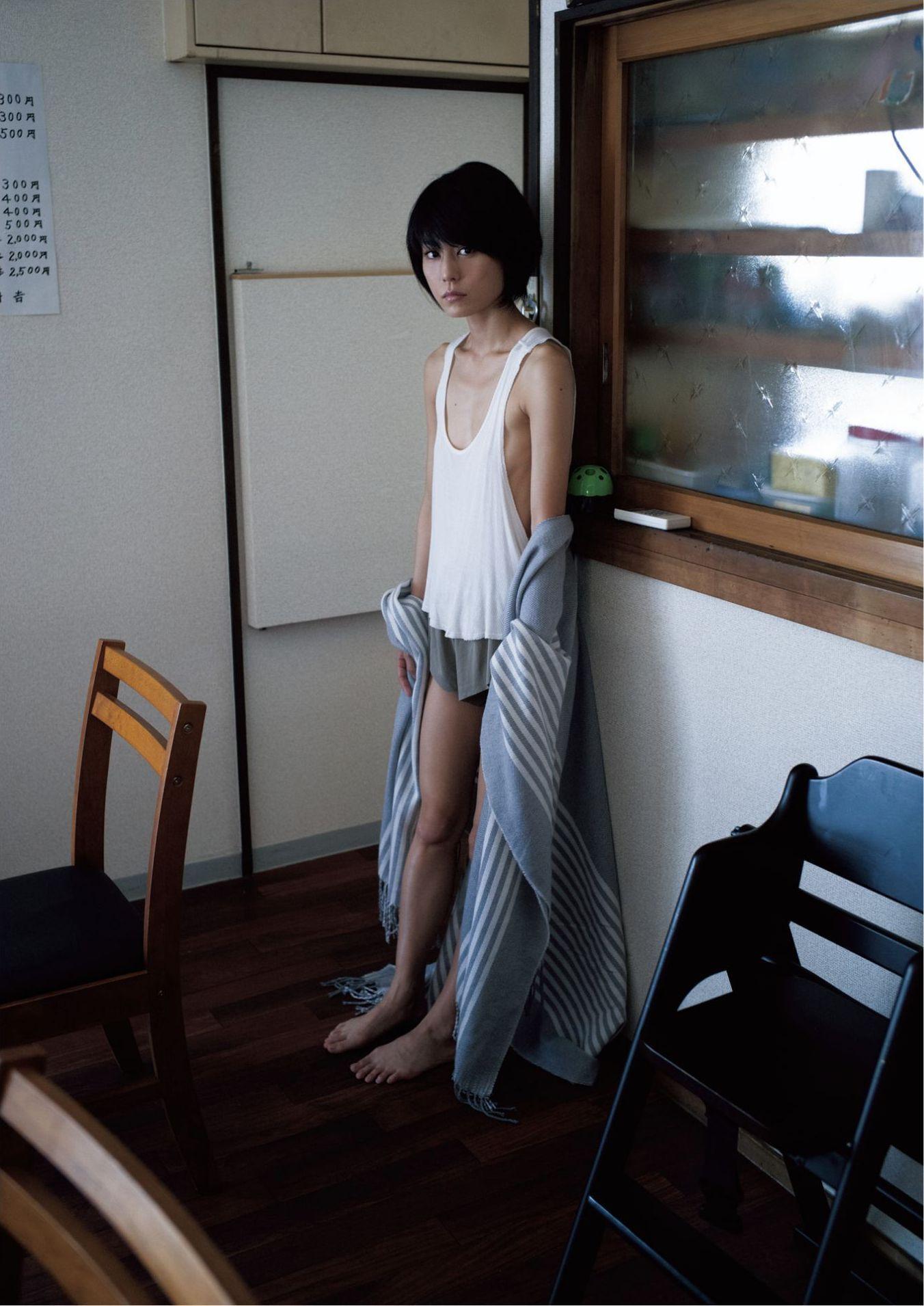 芳野友美ファースト写真集『或る女』060
