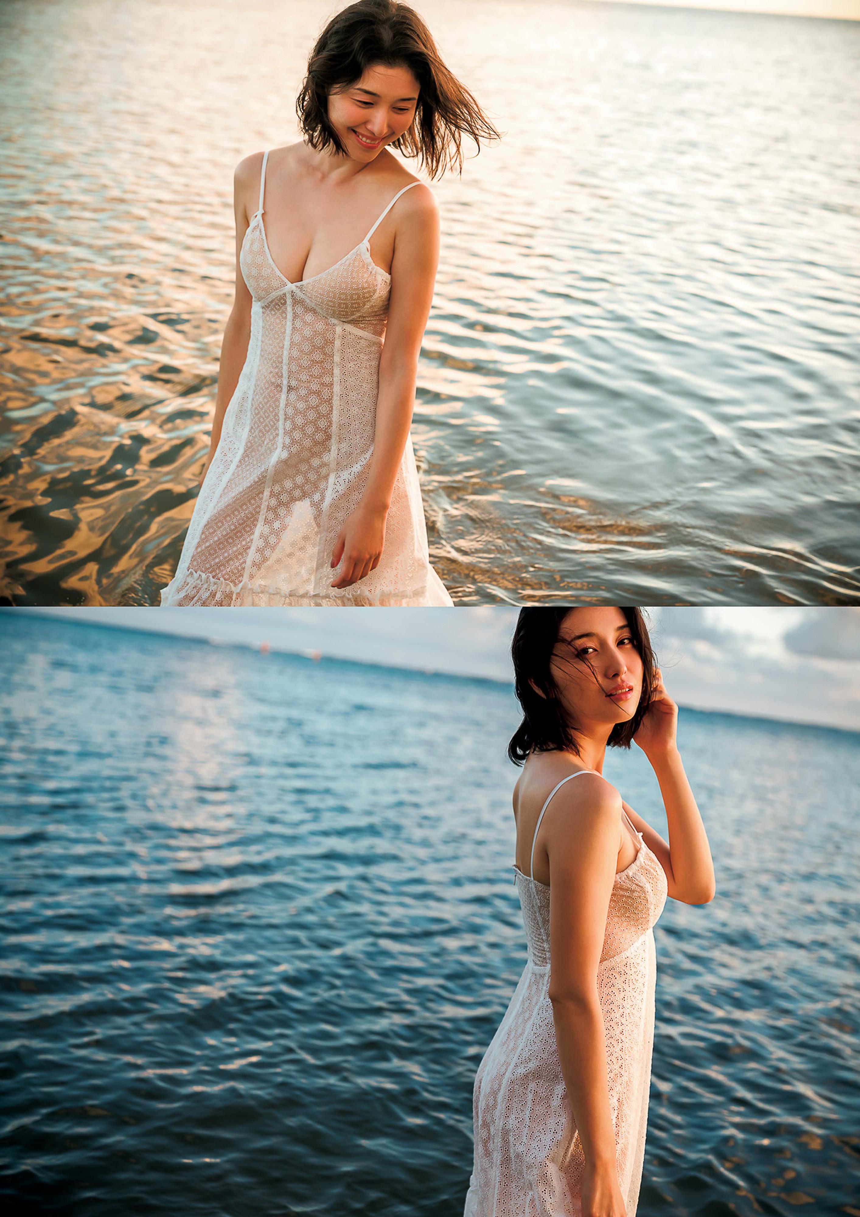 Hashimoto-Manami-db-hugging-in-Hawaii-144