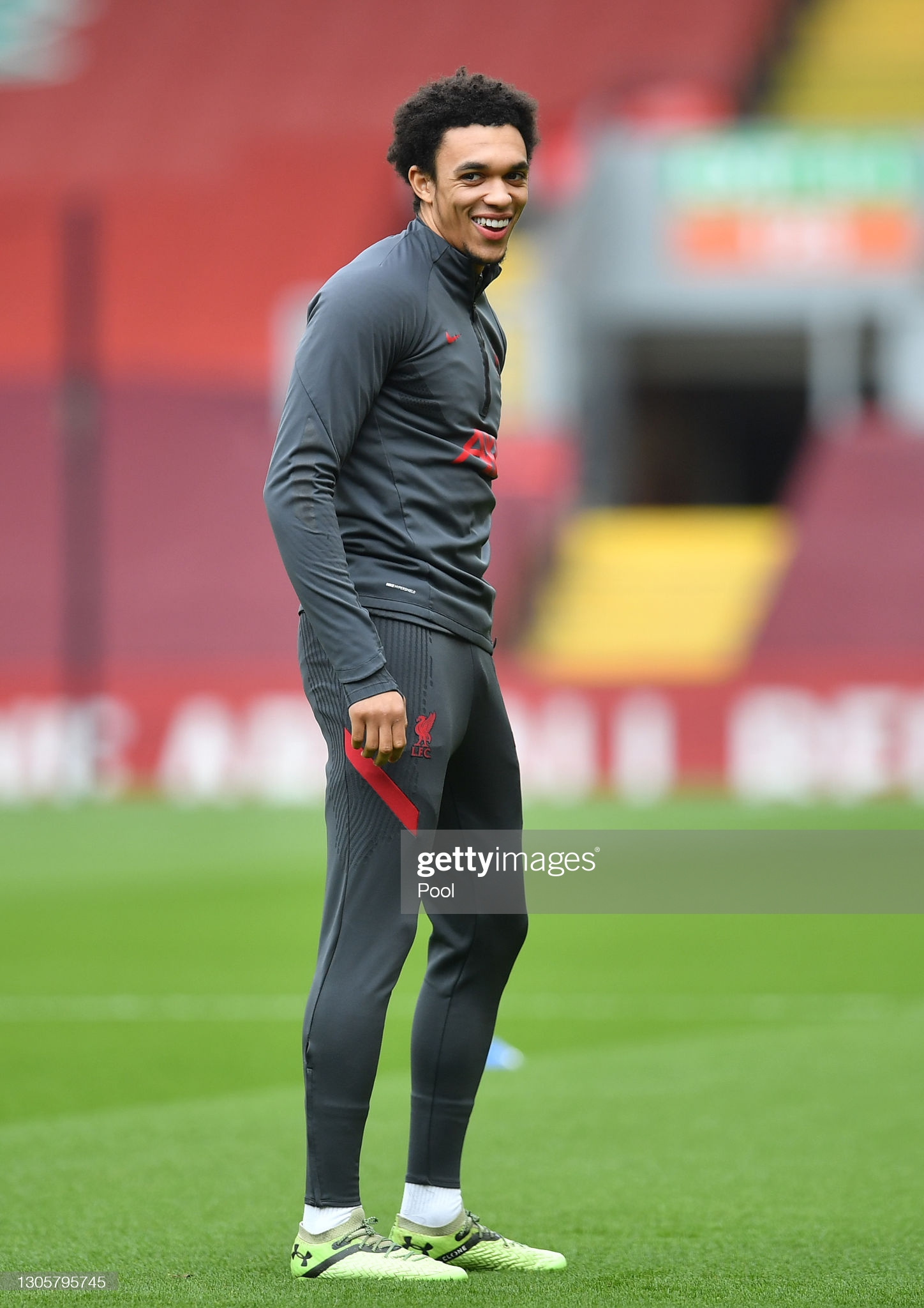 [Image: LIVERPOOL-ENGLAND-MARCH-07-Trent-Alexand...League.jpg]