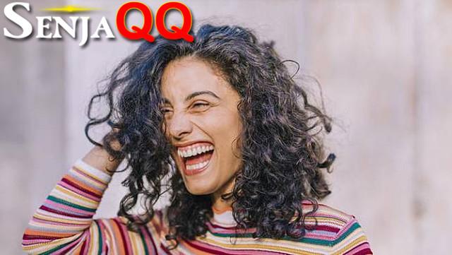 Penuh Senyuman, 4 Zodiak Ini Selalu Tampak Bahagia Jalani Hidup