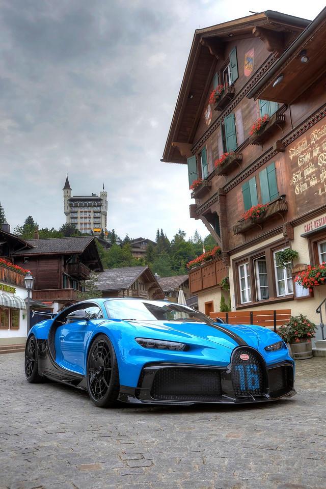 Finale de la tournée européenne à Gstaad 01-bugatti-gstaad-pur-sport
