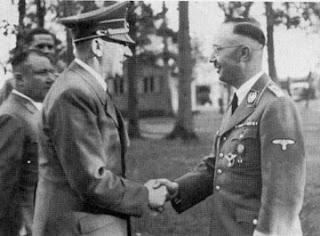 https://i.ibb.co/kDS6Gqb/hitler-masonic-handshake-2.jpg