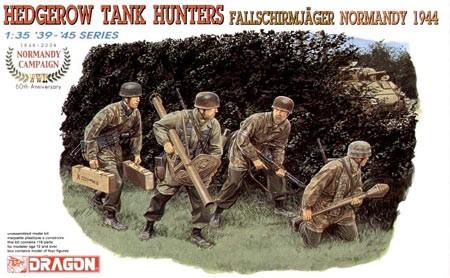 Fallschirmjägers et Sd.Kfz. - Combats de Berlin - 1945 Hedgerow-tank-hunter-fallschirmjager-normandy-1944