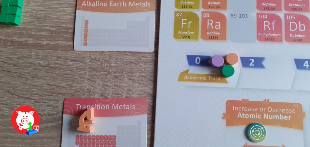 Als de oranje speler eindigt op een van de elementen van de volgende kaart, maar deze ook vooruit op het academische spoork.
