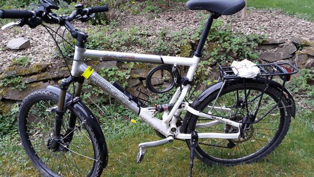 [Bild: Das-Bike-vorher.jpg]