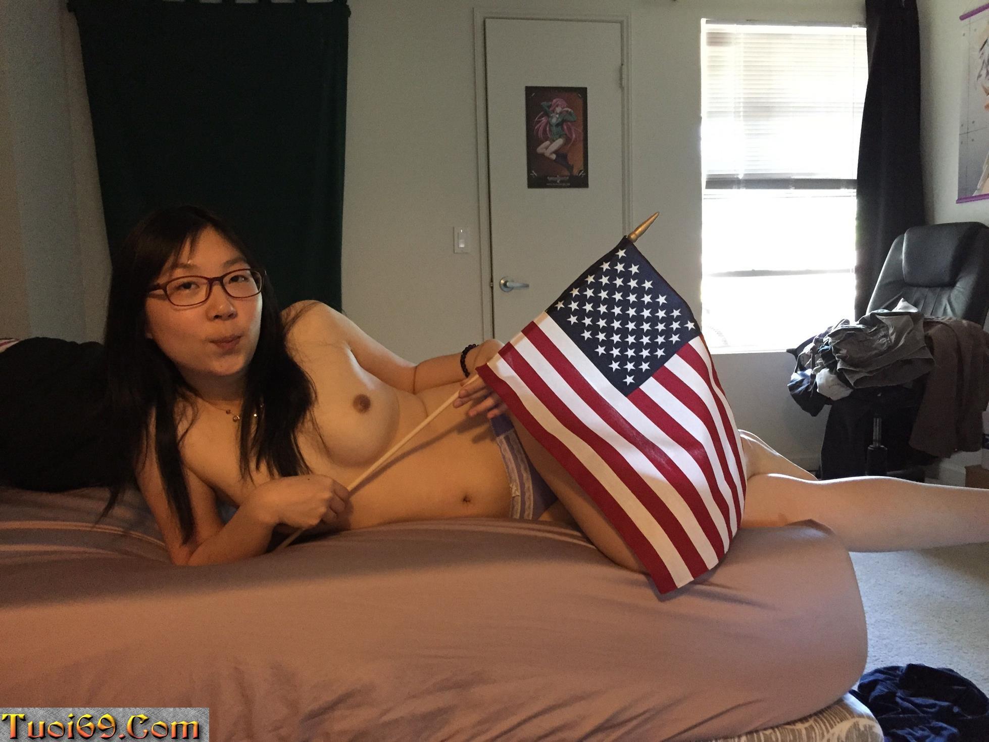 Cute-Korean-Carmen-nice-boobs-wet-pussy-masturbate-and-sex-photos-leaked-14-Copy