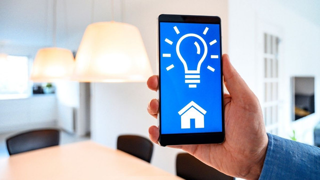 Smart-Lights-A-New-Attractive-Gift-of-Technology