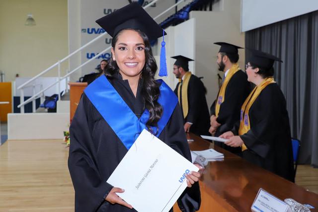 Graduacio-n-Gestio-n-Empresarial-23