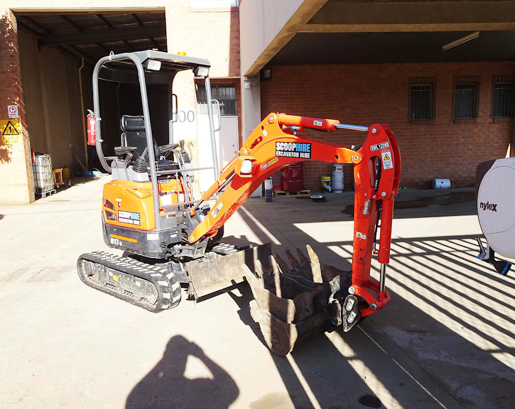Rent to Buy or Buy to Rent How Buying an Excavator can Lead to Self-Employment as an Excavator Hire Company