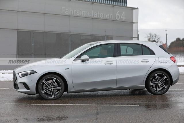 2022 - [Mercedes-Benz] Classe A restylée  523-D9-EC7-4823-45-C5-9-DBF-583-FA35-C6-DBD