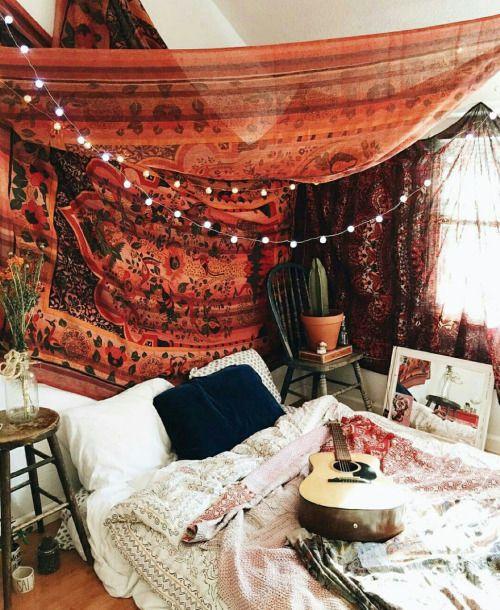 Gypsy-bedroom-decor-03.jpg