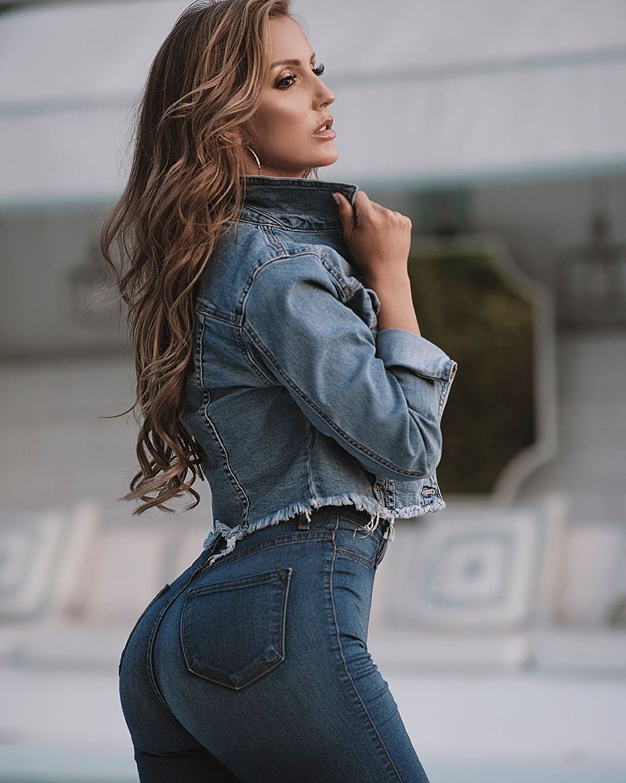 Amanda-Paris-3