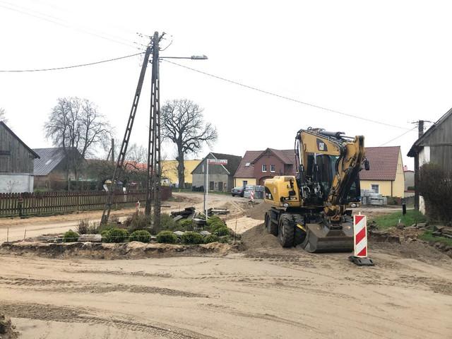 Warszkowo-droga-przy-szkole2