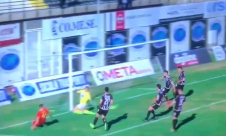 Il gol dell'1-0 realizzato da Riggio