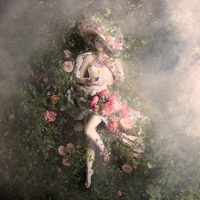 «Рококо» - чувственные портреты с тысячами реальных цветов