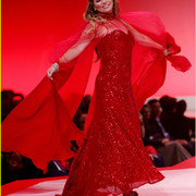 reddresscollection020520-runway4