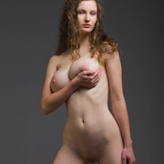 susann-has-such-a-seductive-pair-of-big-round-boobs-which-she-flaunts-shamelessly-12-w800