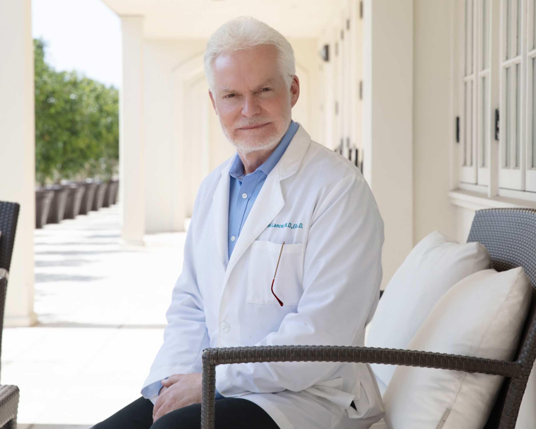 Dr. Lancer